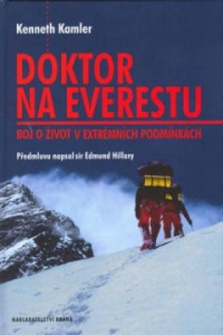 Doktor na Everestu