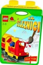 Náučné vymaľovánky so samolepkami Na železnici LEGO