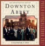 Downton Abbey Page-A-Day Calendar 2017