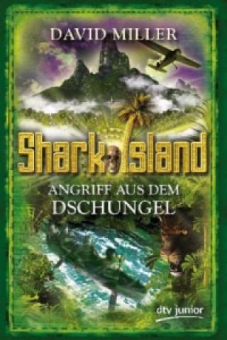 Shark Island, Angriff aus dem Dschungel