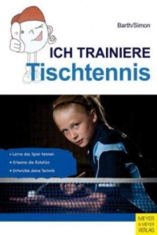 Ich trainiere Tischtennis