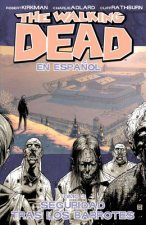 Walking Dead Volume 3 (Spanish Language Edition)
