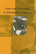 Town and Hinterland in Developing Countries