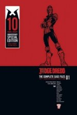 Judge Dredd: Casefiles 01