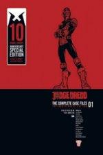 Judge Dredd: Casefiles 01