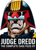Judge Dredd the Complete Case Files 07