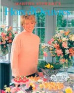 Martha Stewart's Hors D'Oeuvres: The Creation and Presentation of Fabulous Finger Foods