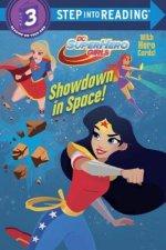 Showdown in Space! (DC Super Hero Girls)
