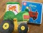 Tudur y Tractor a Llyfr Babi