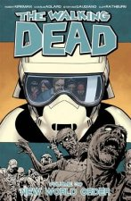 Walking Dead Volume 30: New World Order