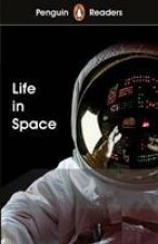 Penguin Readers Level 2: Life in Space